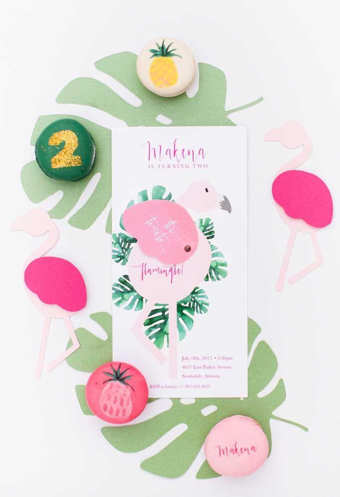Atividade para divertir os convidados: personalize seu próprio flamingo com cores, mensagens e muita imaginação!
