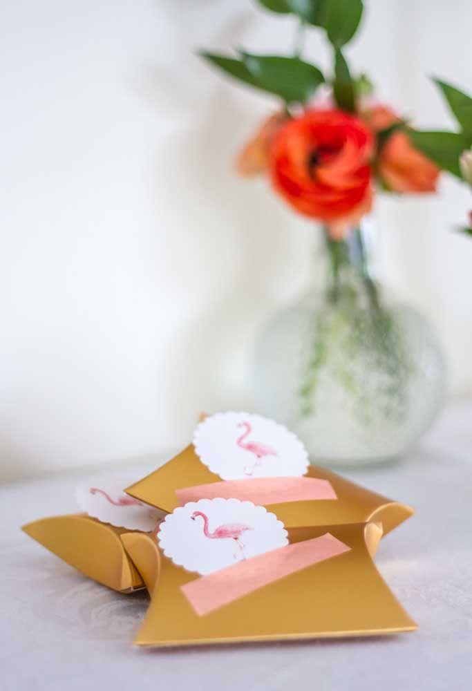 Lembrancinha simples para festa flamingo