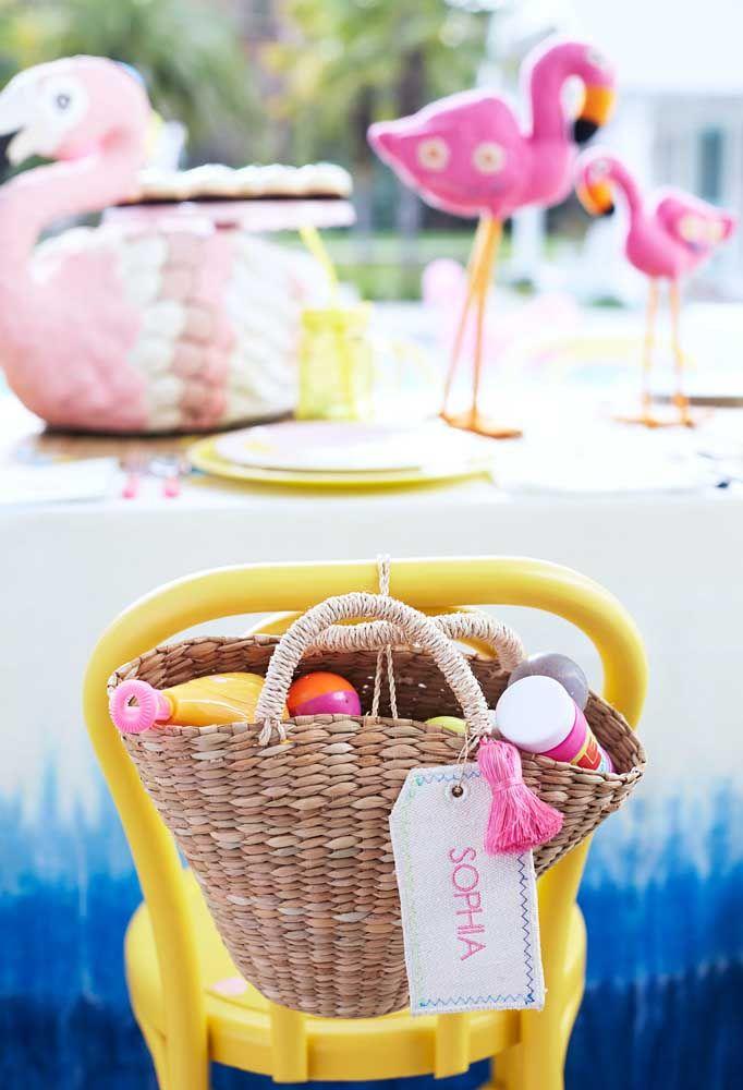 Kit de flamingo como lembrança para os seus convidados