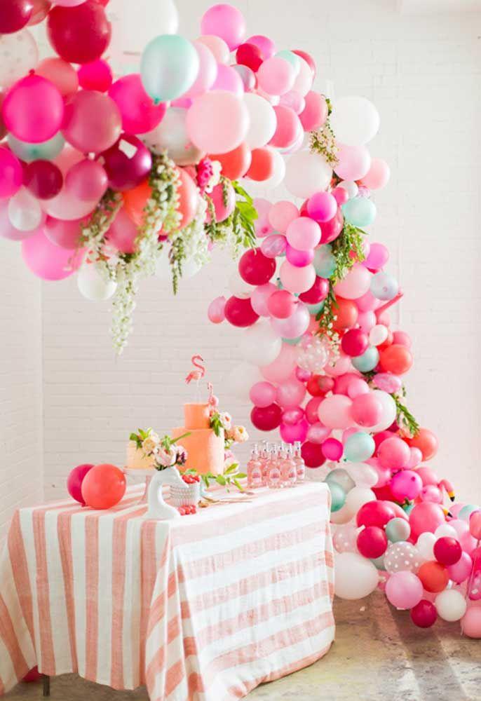 Decoração festa flamingo com balões