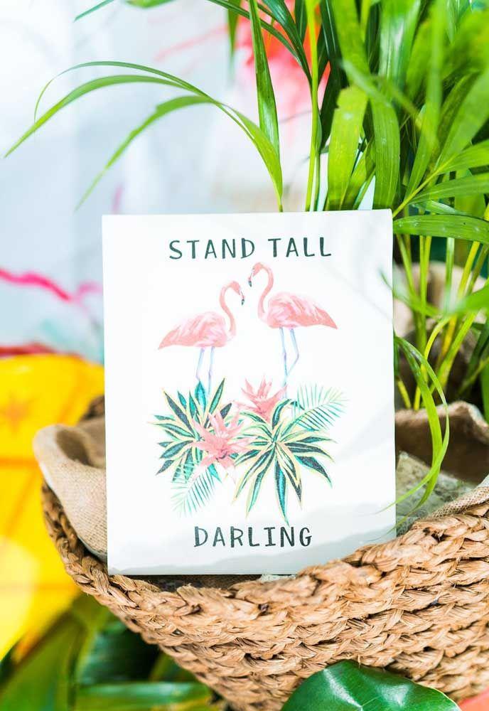 Personalidade para a sua festa flamingo até mesmo nos guardanapos de papel