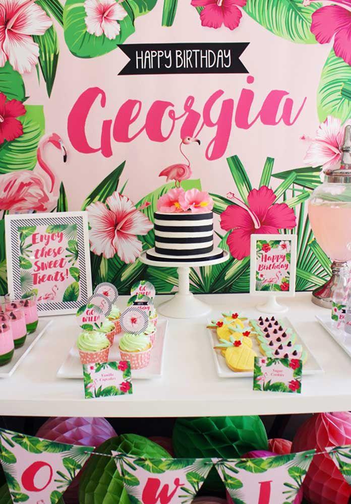 Rosa e verde como cores principais da paleta de uma festa flamingo tropical