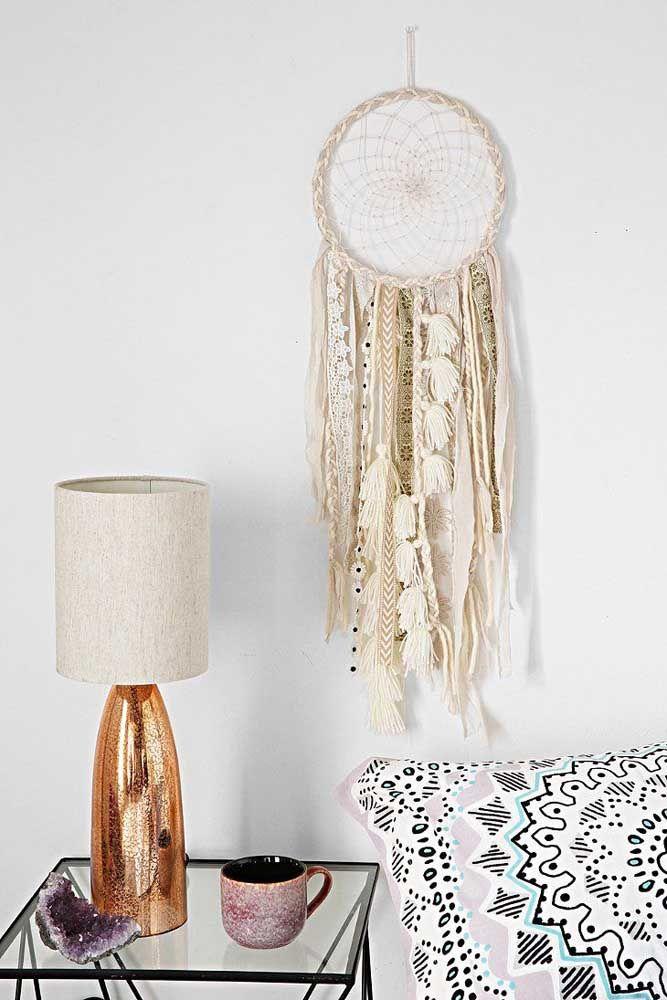 Com fitas de renda, sianinha e pompons para sua decoração Hippie Chic