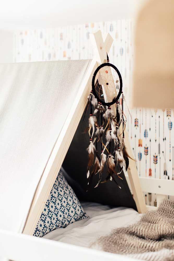 Filtro dos sonhos para quarto infantil sugerindo um ambiente indígena