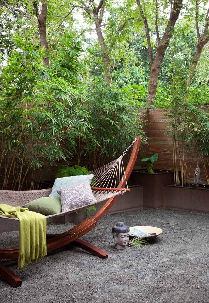 E que tal tirar um momento de descanso na companhia tranquila de alguns pés de bambu mossô