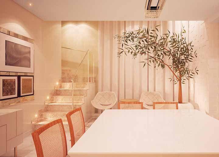 Combinar a cor dos móveis com a cor do caule do bambu é uma aposta certeira na decoração