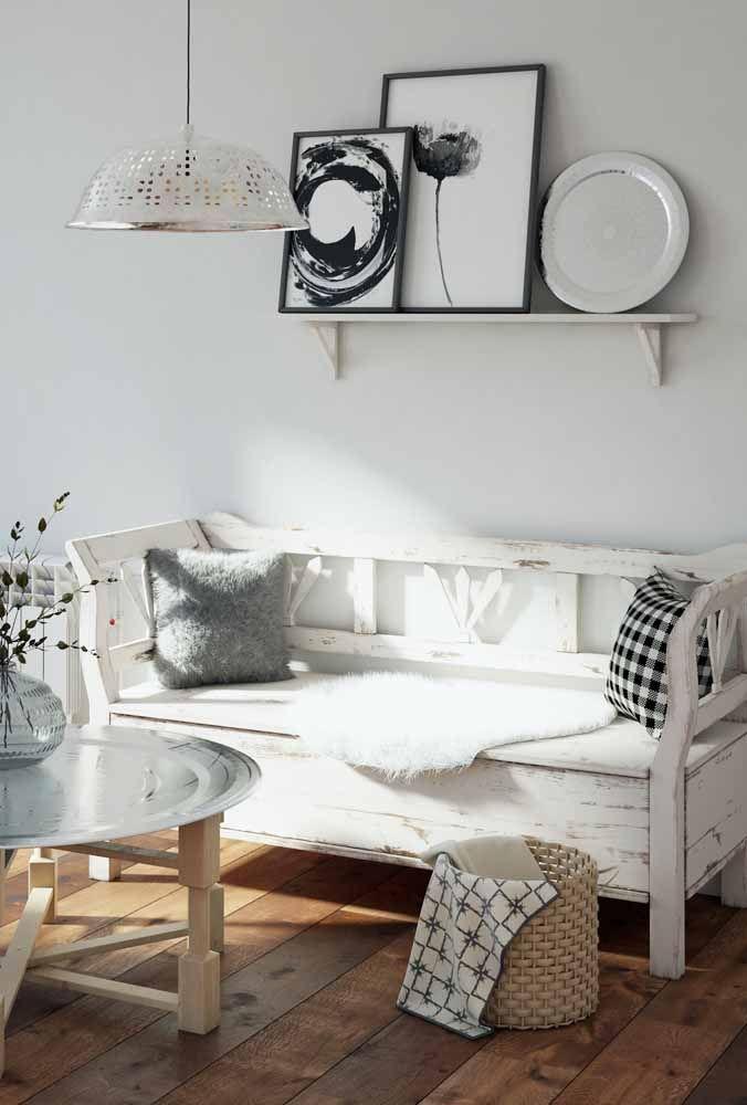Tem espaço para pátina na decoração de estilo escandinavo também; nesse caso dê preferência para a pátina branca