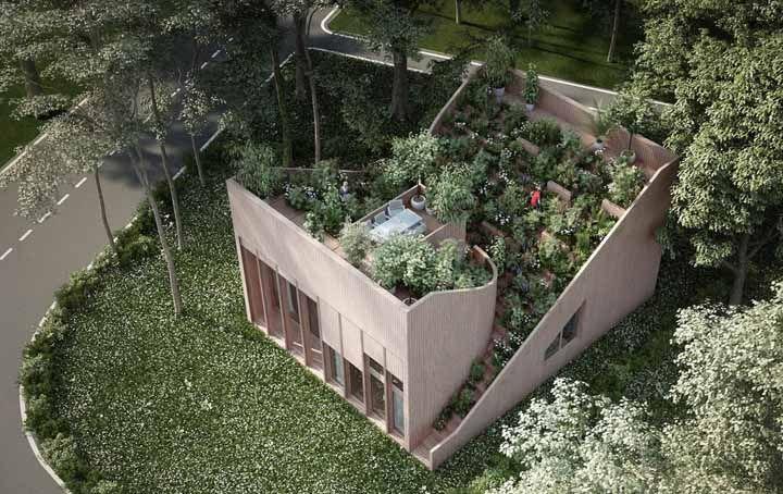 Uma casinha pequena, delicada, mas que dá um show quando o assunto é sustentabilidade e ecologia
