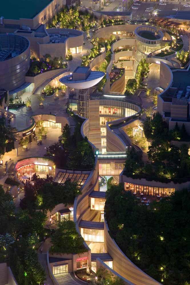 Um complexo arquitetônico todo verde para provar que beleza, modernidade e sustentabilidade podem caminhar de mãos dadas