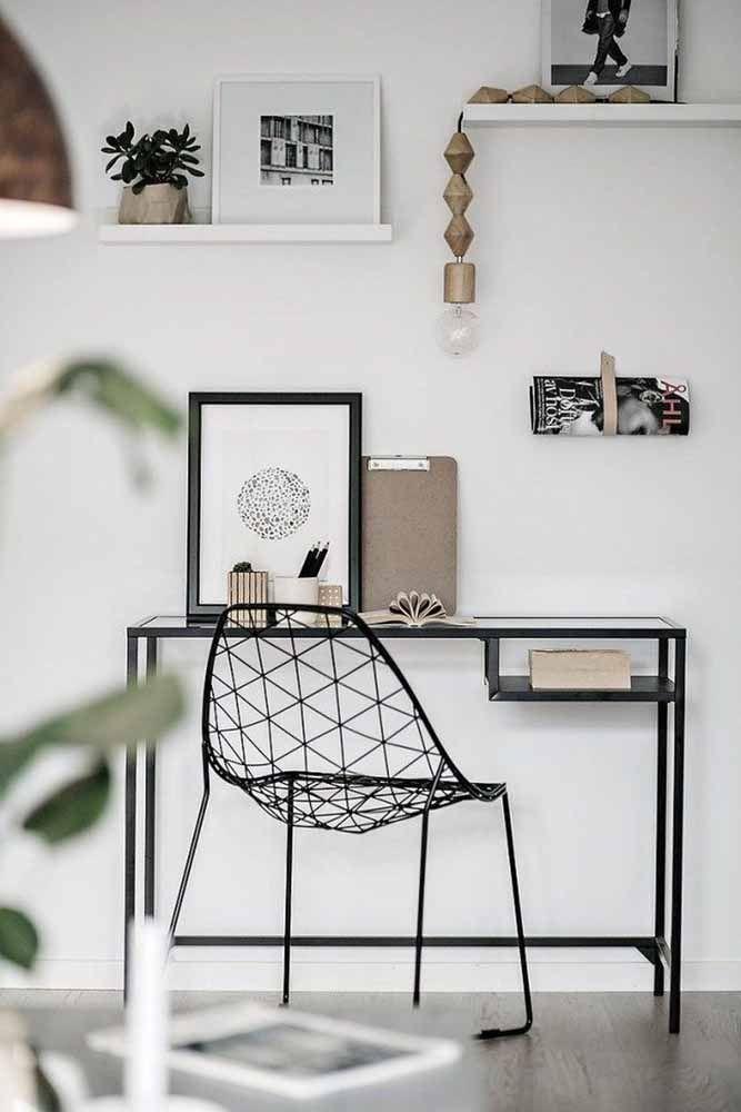 Esse modelo de escrivaninha é dedicado aos fãs do estilo escandinavo