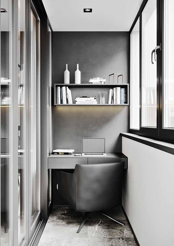 Escrivaninha pequena e moderna nas cores cinza e preto