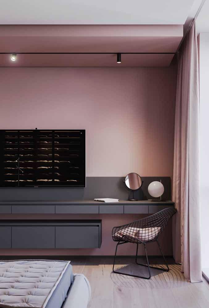 O rosa é uma ótima opção para quartos, já que induz a momentos de relaxamento; a dica é optar por um tom mais fechado