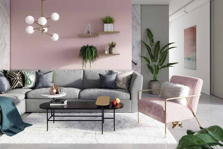 Moderna, mas sem perder a delicadeza; o uso do contraste entre o verde e o rosa é outro destaque