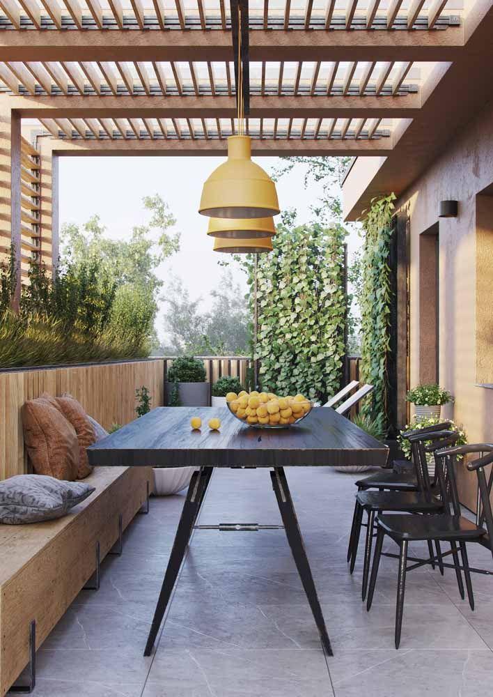 Frutas também entram na decoração e emprestam sua cor ao ambiente