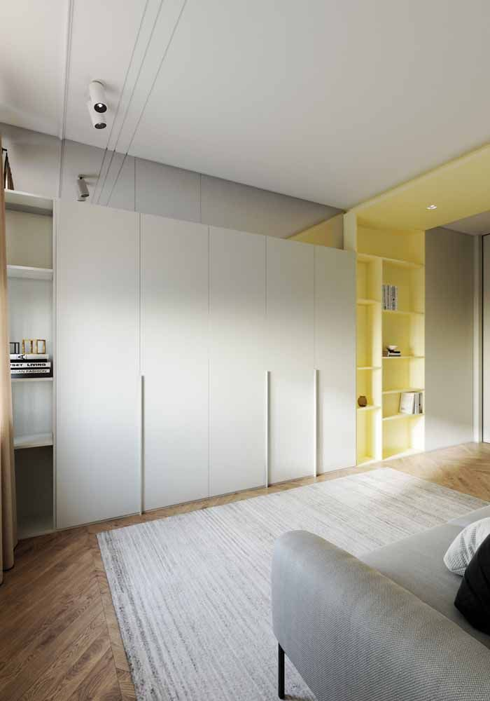 O amarelo claro é suave, acolhedor e transmite conforto na medida certa