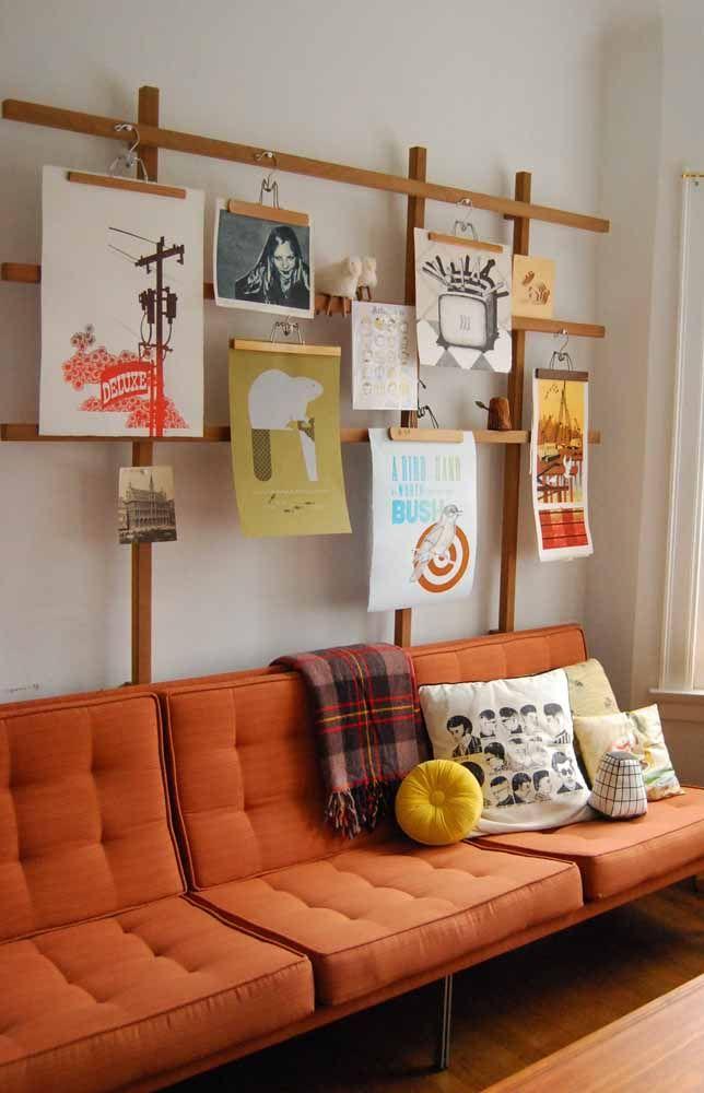 Sofá laranja, seja para sala ou para outros ambientes que desejar