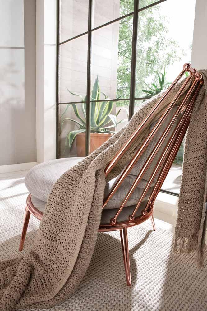 ma cadeira Rose Gold para deixar os momentos de descanso mais luxuosos.