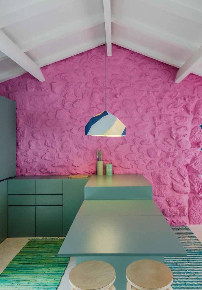 Rosa e verde em uma combinação de cores complementares super divertida que alegra qualquer ambiente