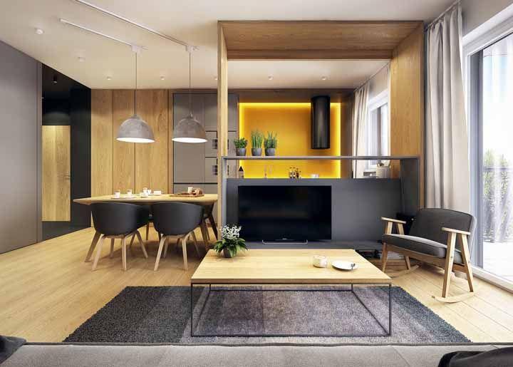 O amarelo é uma cor que ganha ainda mais destaque com uma iluminação diferente