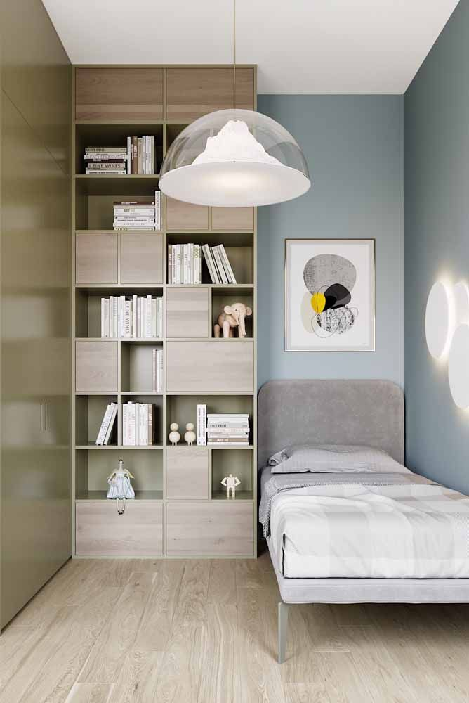 O azul claro para o quarto traz todo o relaxamento necessário para uma noite de sono perfeita