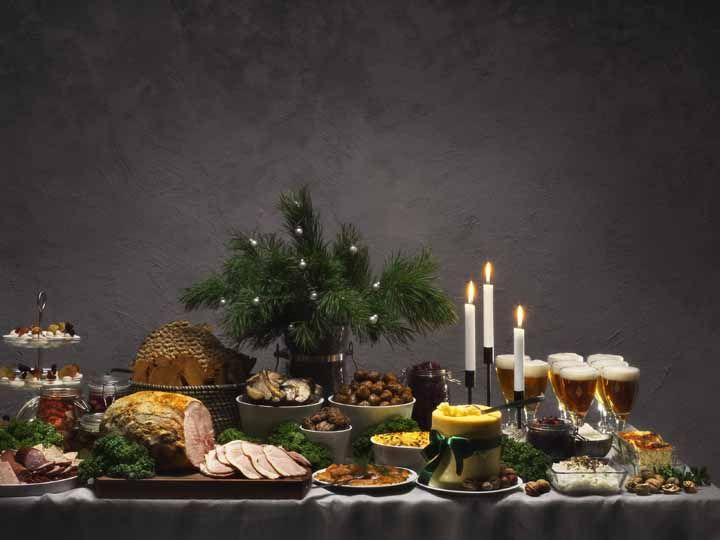 Espalhe o verde das folhas por toda a decoração da sua mesa de Natal