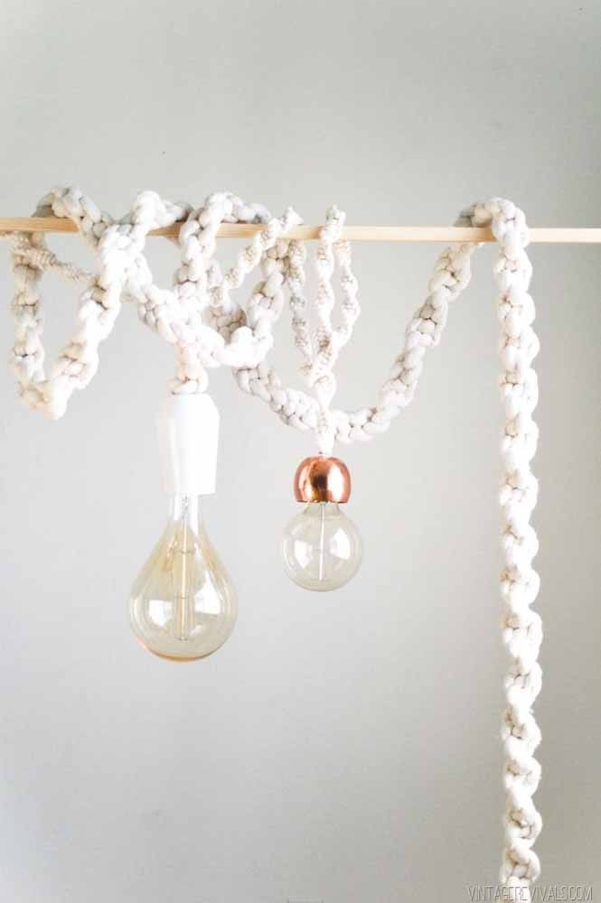 Luminária pendente de macramê: com corda e fácil de se fazer