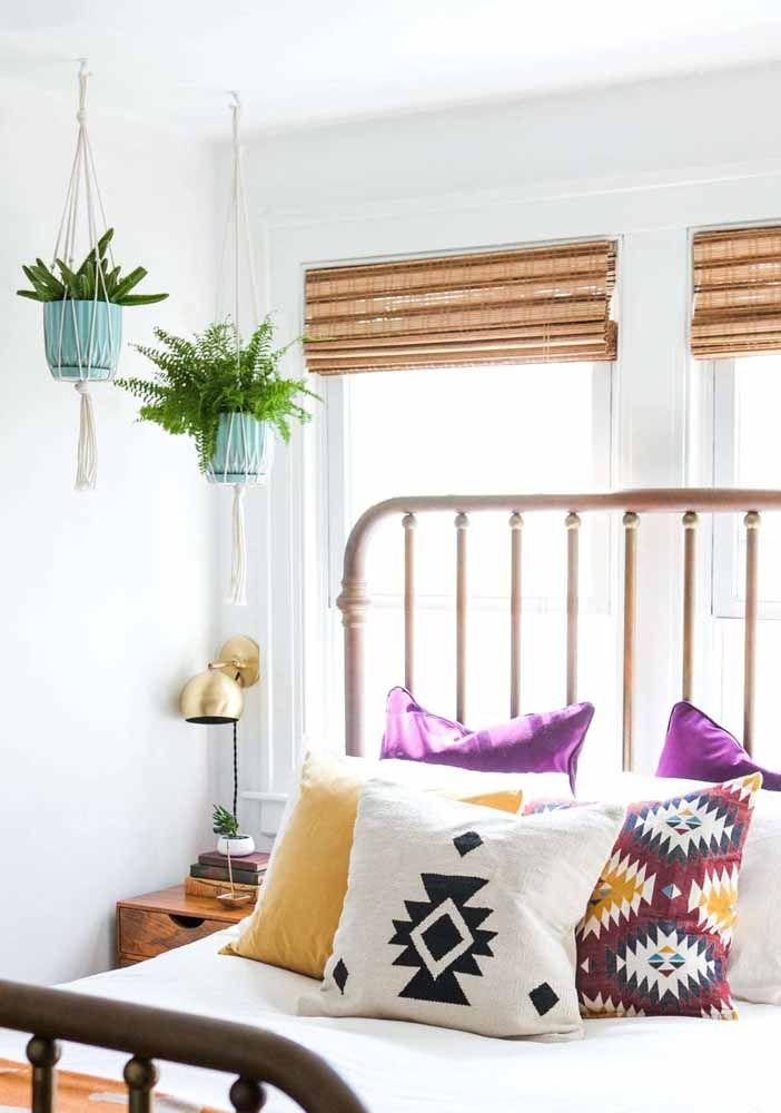 Para os amantes de plantas: Suporte de macramê para colocar no quarto e sem ocupar espaço