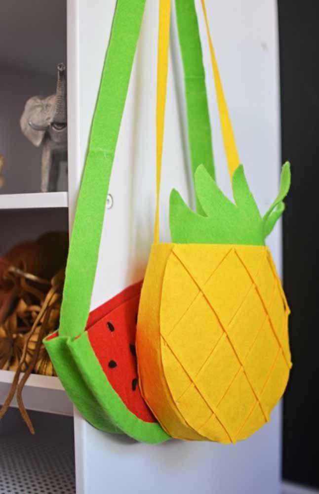 Bolsas de feltro com tema de frutas: uma versão divertida e colorida do acessório