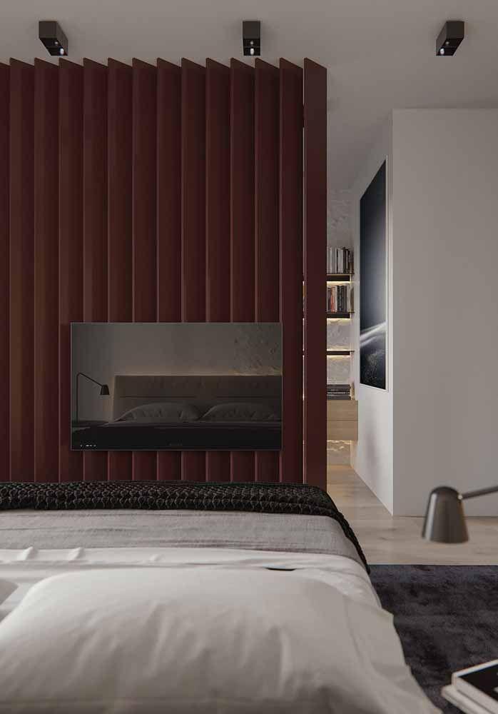 Painel de placas marrom para a TV: uma peça bonita, decorativa e funcional