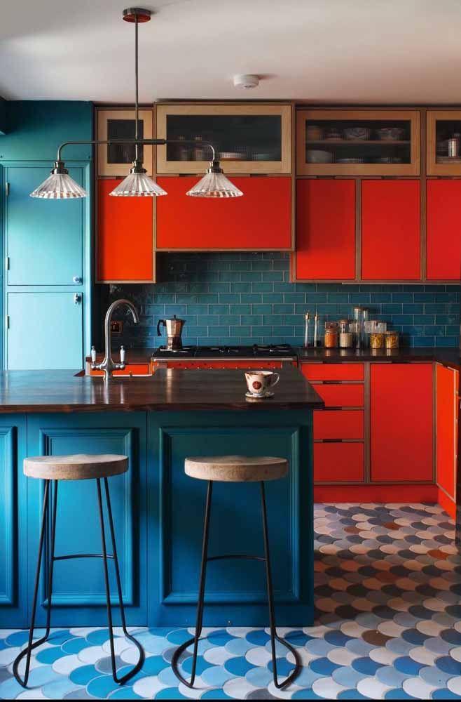 Para os mais ousados vale a pena apostar em uma cozinha como essa