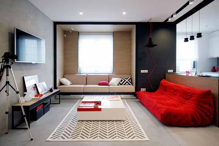 Sofá cama futon vermelho: para tirar a monotonia da sala