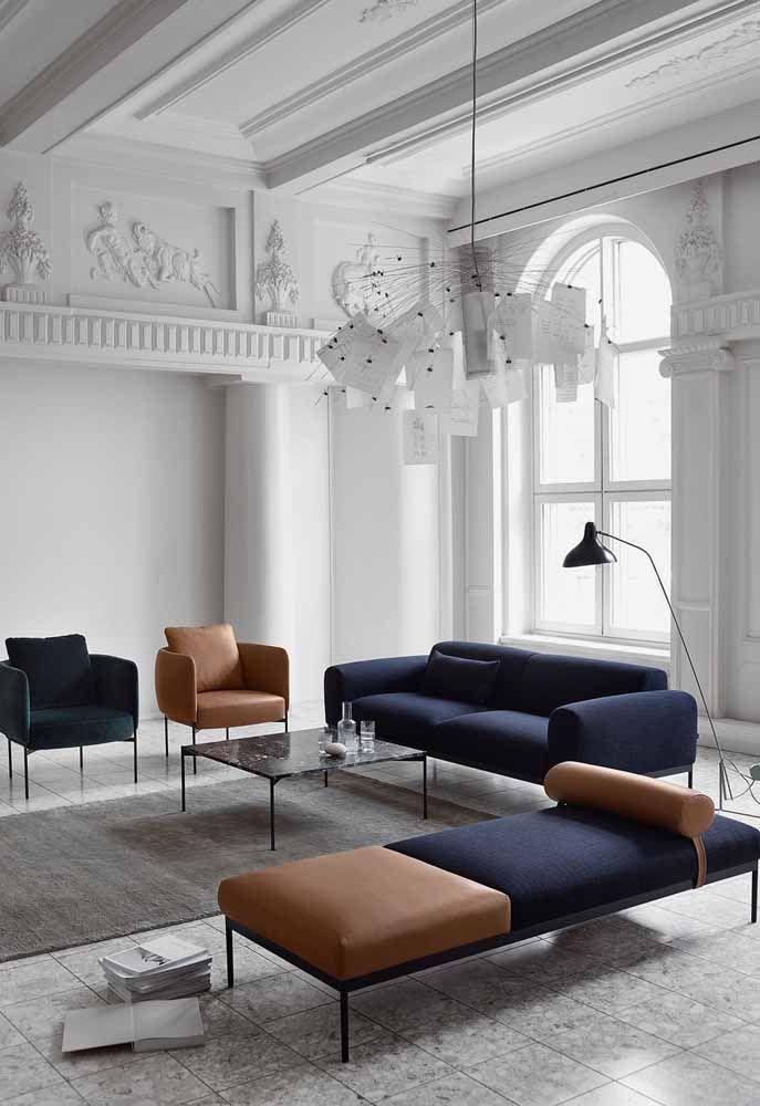 Forme um conjunto entre sofá, poltronas e recamier