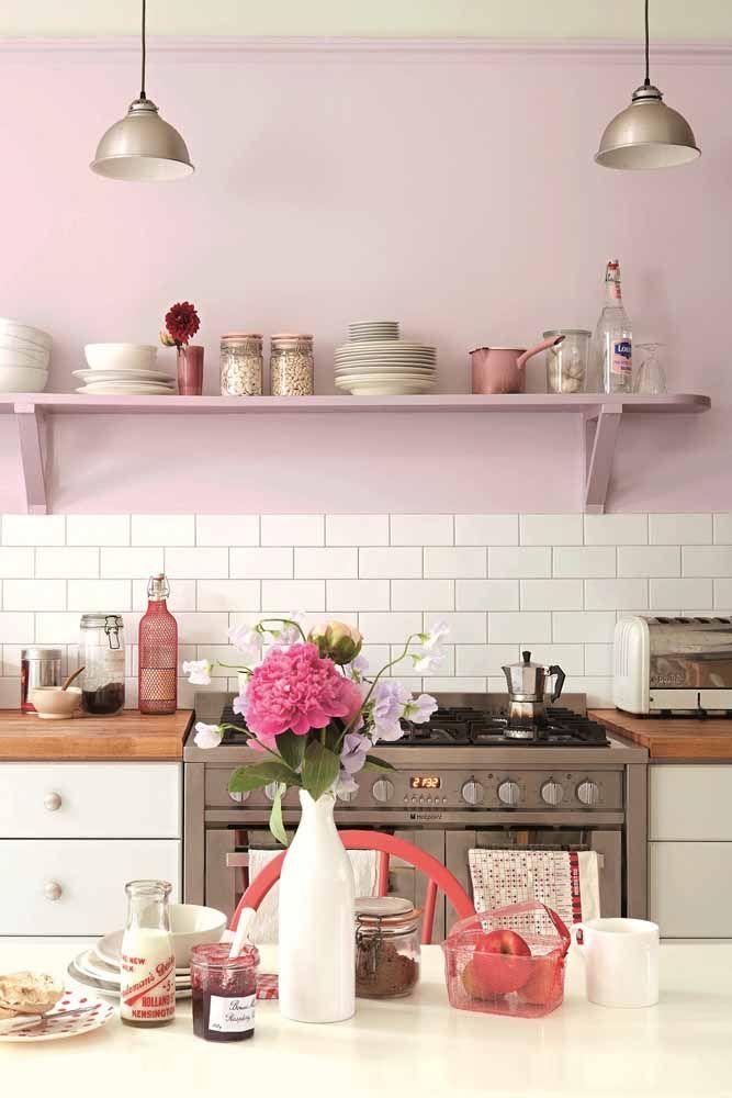 Olha como a cozinha fica mais leve com esse tom de lilás