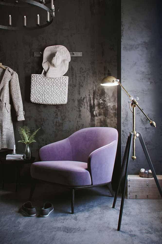 Um sofá lilás para um ambiente mais dark