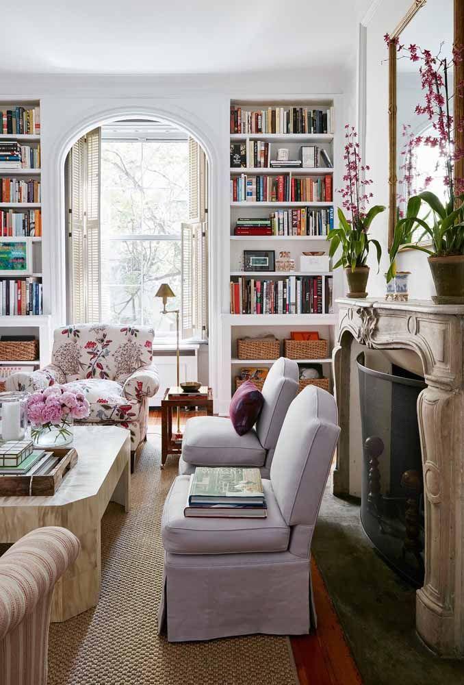 Mas o lilás também pode ser inserido em um ambiente colorido e alegre