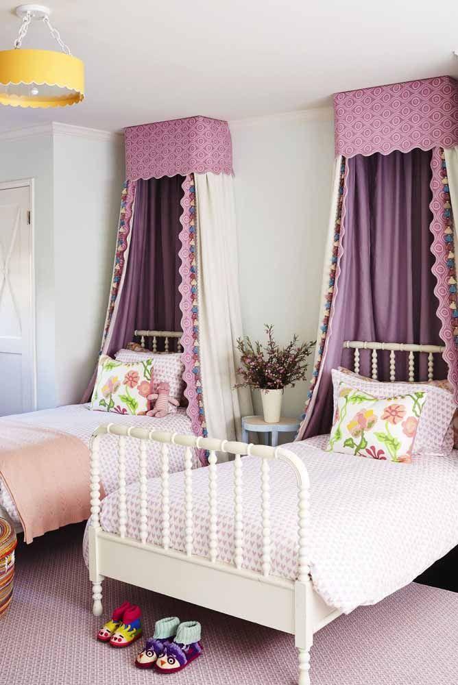Para deixar o quarto mais romântico usando a cor lilás
