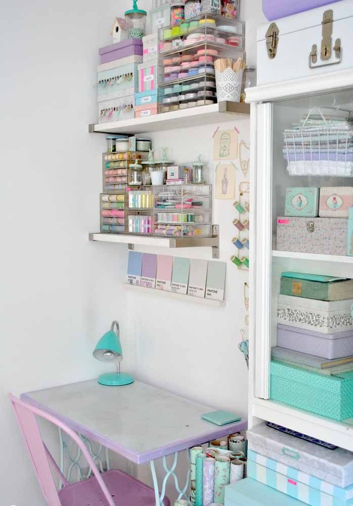 Trabalha com artesanato ou tem um ateliê? Pois então as caixas organizadoras foram feitas para você! Repare como ela deixa tudo lindo e no lugar