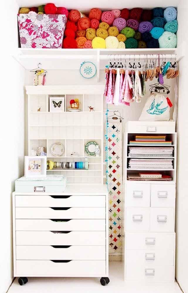 Para organização de roupas e acessórios as caixas organizadoras são imbatíveis
