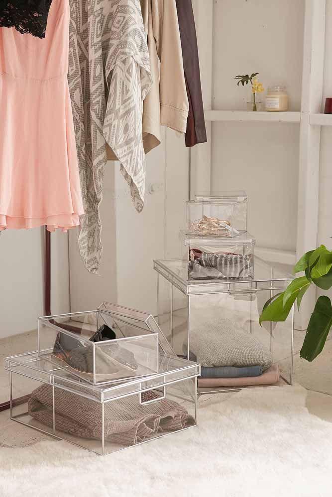 Elegantes e charmosas, essas caixas organizadoras de acrílico transparente permitem que o conteúdo seja visualizado facilmente, deixando o ambiente ainda mais prático
