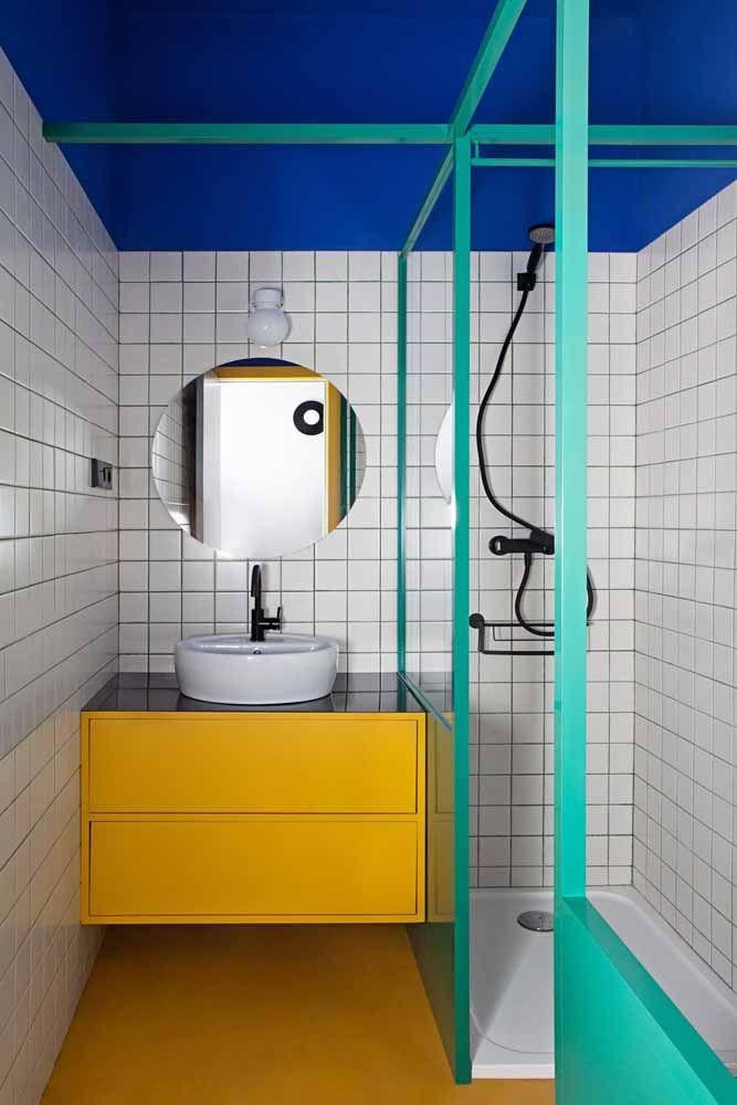 Verde água combinado com as cores que lhe dão a vida: o azul e o amarelo