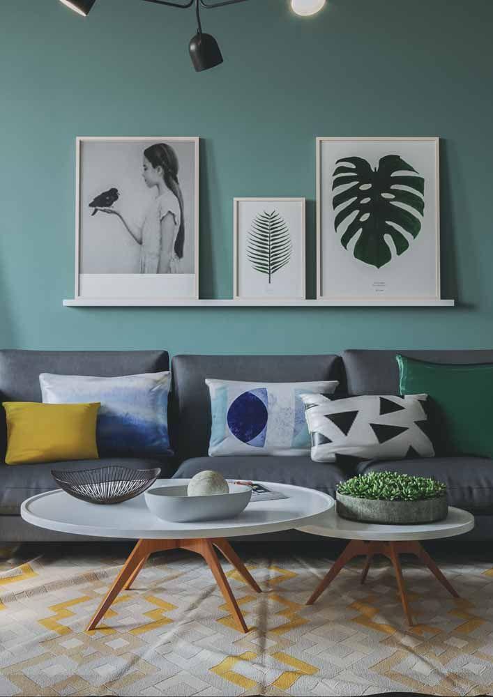 Nessa sala todas as combinações possíveis foram feitas: cores complementares, análogas, neutras e tom sobre tom