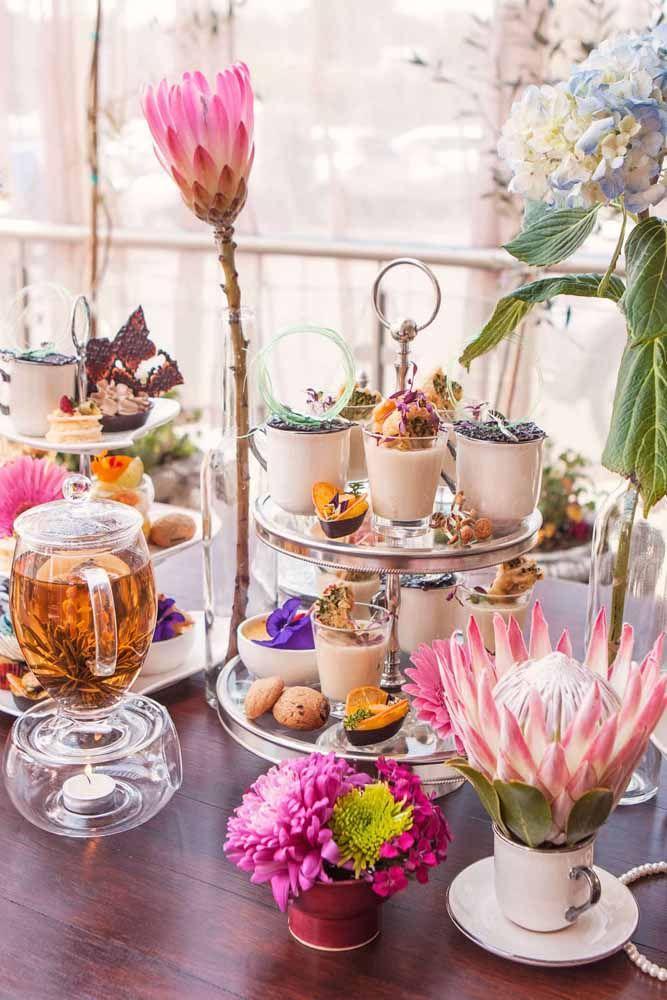 Flores exóticas para deixar o chá de cozinha ainda mais incrível