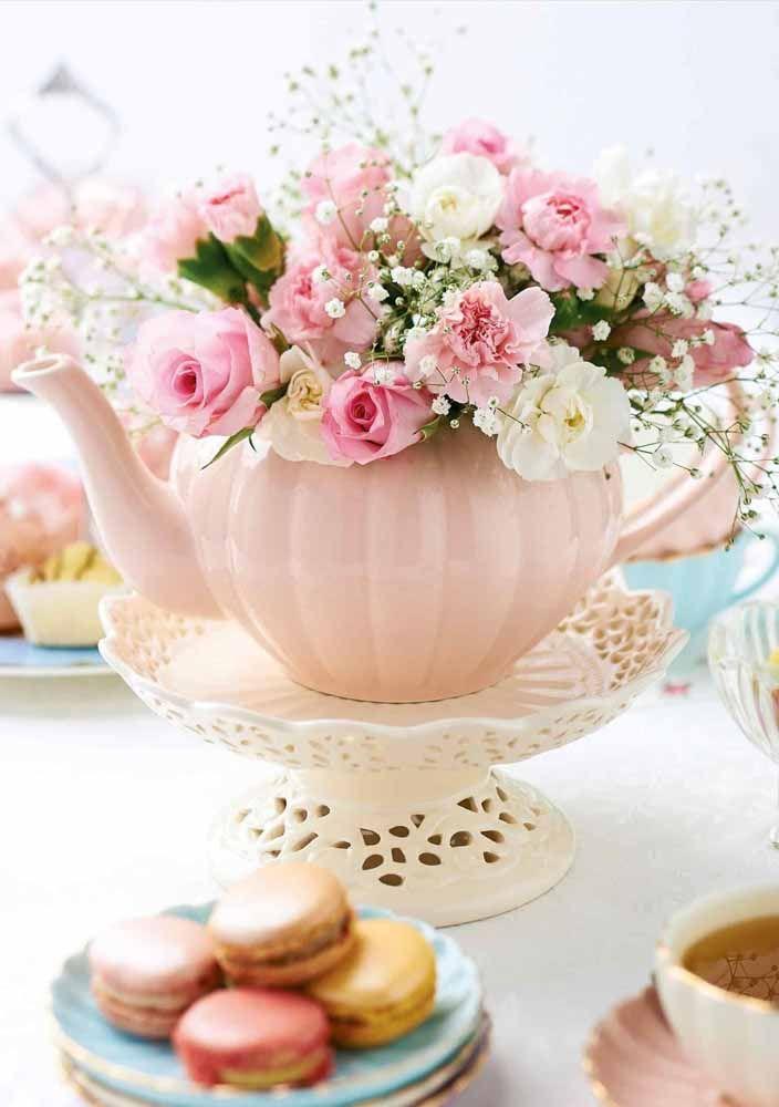 E as românticas não podem esquecer do cor de rosa, da porcelana e das flores