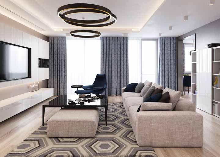 Azul e cinza para uma sala moderna e espaçosa