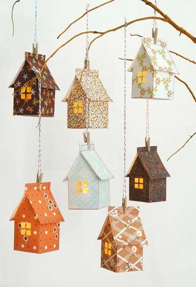 Casinhas de papelão forradas com tecido: para agradar adultos e crianças