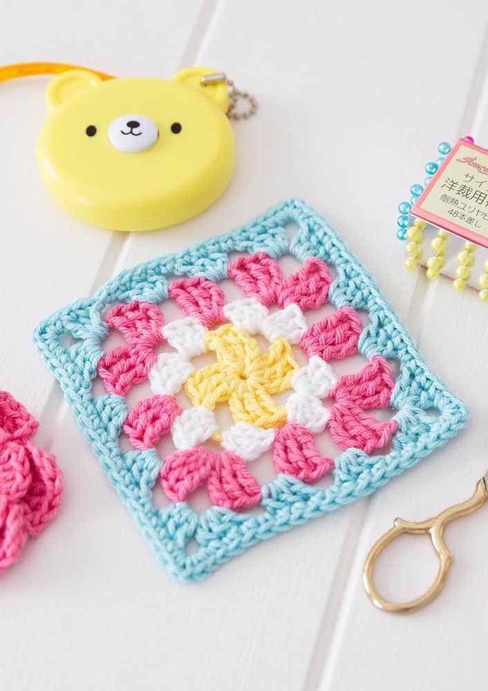 Combine cores e teste as mais diversas possibilidades enquanto você aprende a fazer crochê