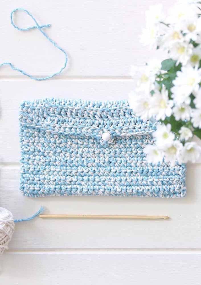 Para estar com você em todos os lugares: carteira de crochê