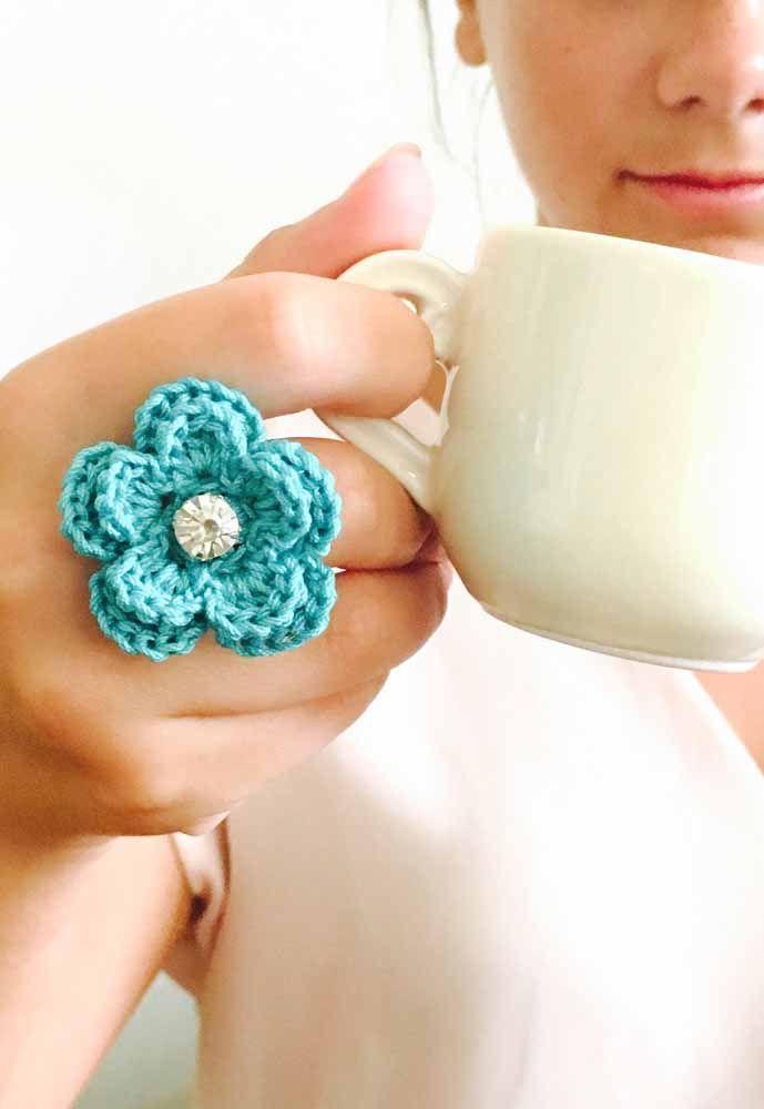 Que tal um anel de crochê para sua coleção