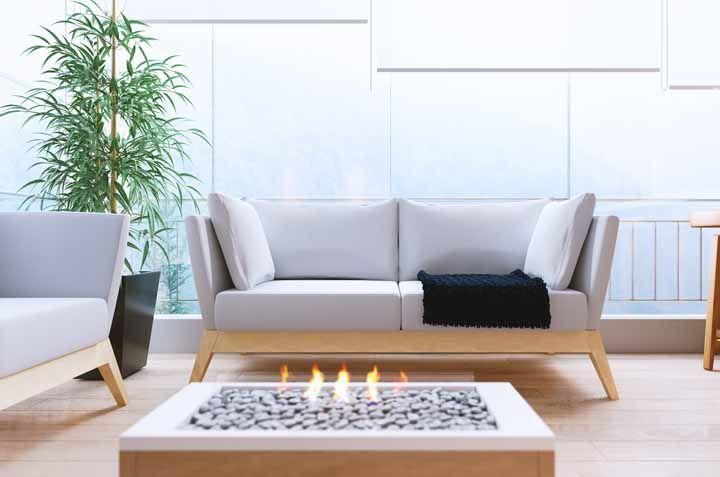 Já o elemento fogo pode ser representado por velas ou uma lareira