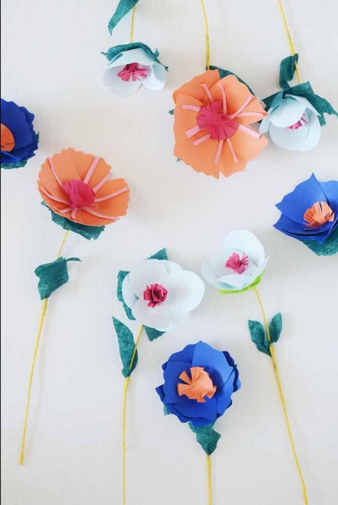 Flores coloridas de papel para usar onde e como quiser